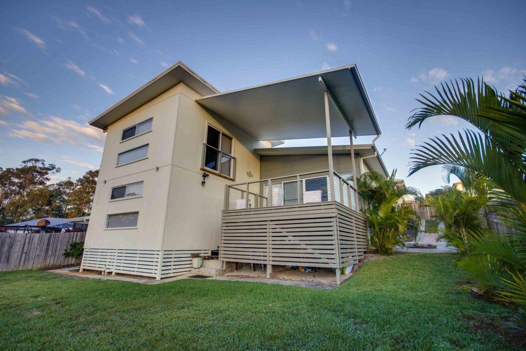 Small Pergola Design Idea over deck- Brisbane, Gold Coast & Sunshine Coast