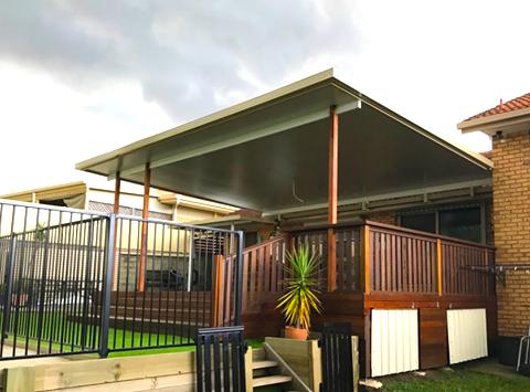 Small Pool Pergola Ideas - Brisbane, Gold Coast & Sunshine Coast
